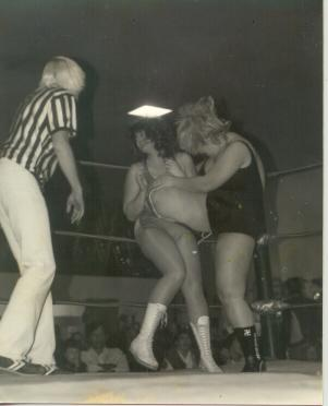 Diane vs Hot Stuff Patty Powell